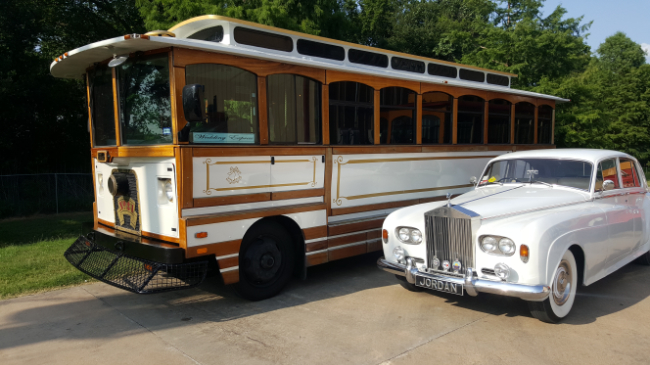 White Pearl Trolley wedding party